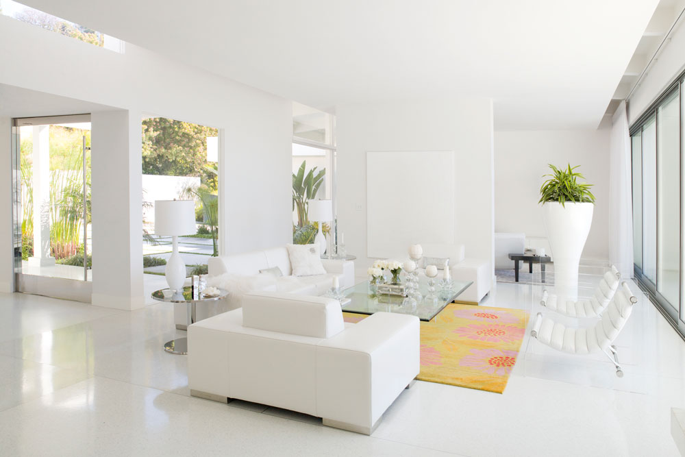 subtone in white paint